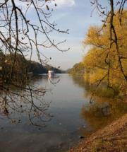 Bild12-Saale_in_Halle